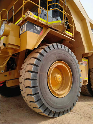 27.00R49, 37.00R57, 50/80R57 Luan Giant OTR Tyres for CAT Rigid Dump Trucks in Australia
